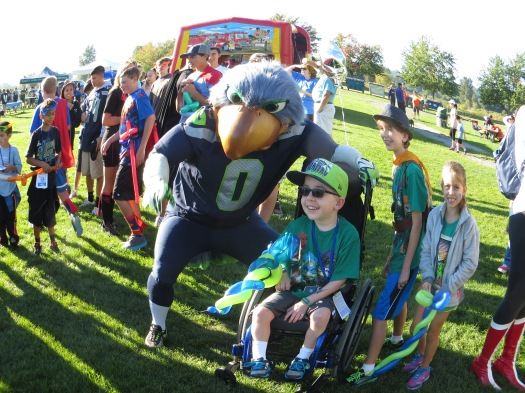Blitz the Seahawks mascot was hanging out with the Wish team today!
